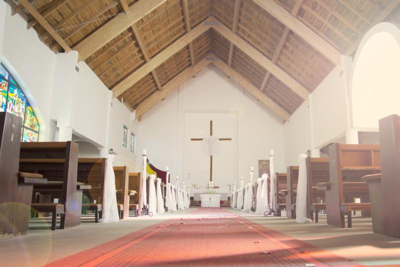 ślub, uroczystośc zaślubin w kościele p.w. Bożego ciała w Bydgoszczy 054