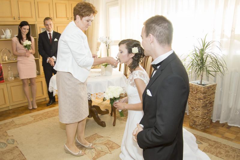 przygotowania i błogosławieństwo młodej pary 103